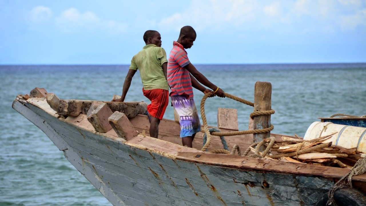 Fomboni port, Comoros